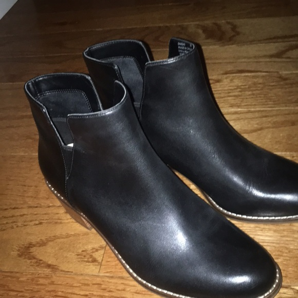 Cole Haan Shoes - Cole haan black leather booties